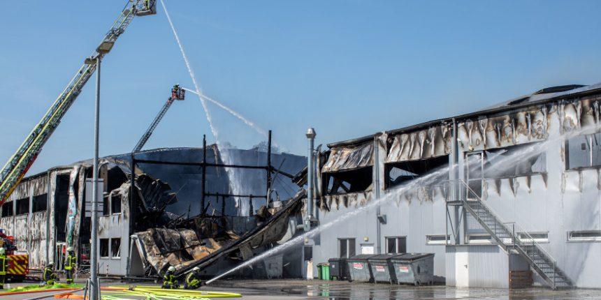 Die ausgebrannte Halle