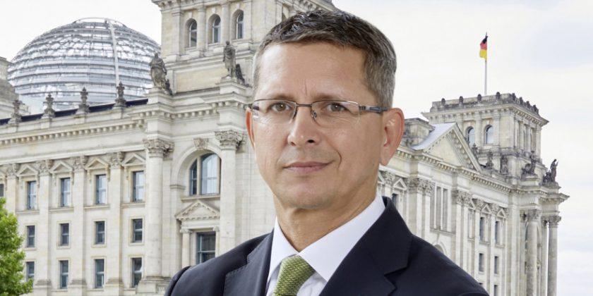 AfW stellt klar: Politik plant keine Änderungen bei der Einordnung von Versicherungsprodukten