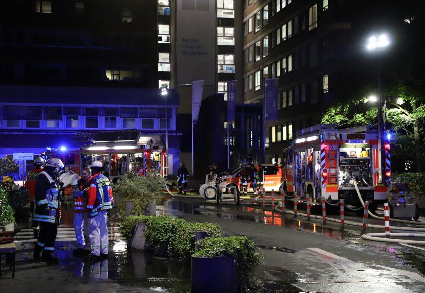 Krankenhausbrand in Düsseldorf fordert einen Toten