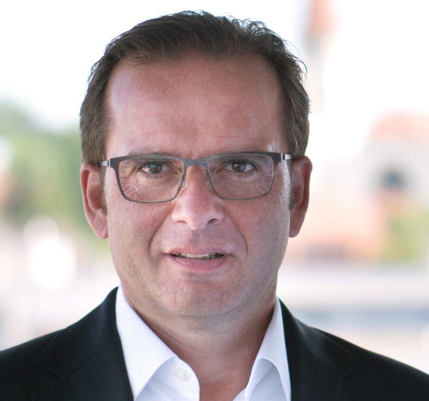 Ex-Württtembergische-Vorstand Franz M. Bergmüller geht zu Adcubum