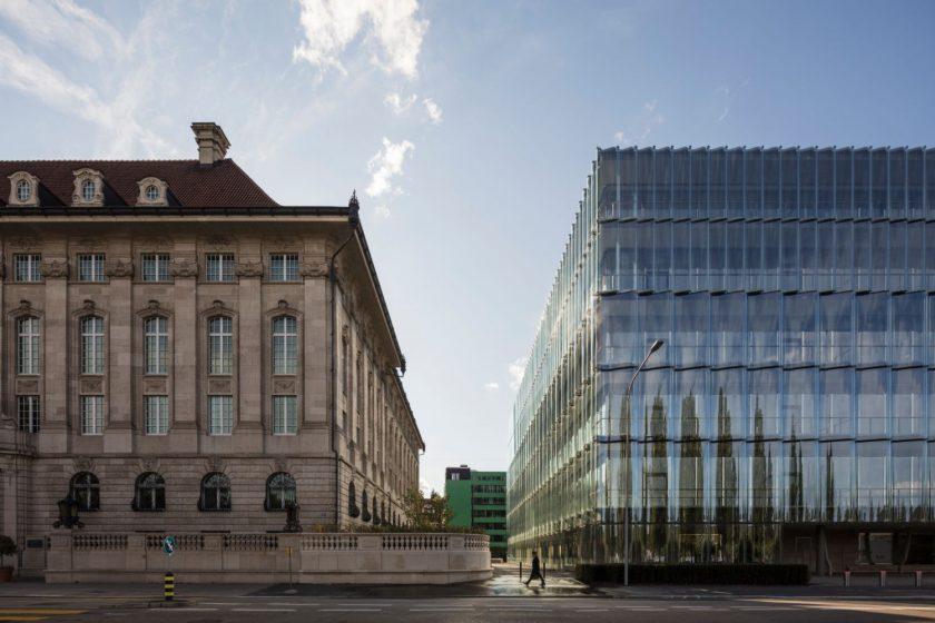 Swiss Re stellt sich personell neu auf und will Aktien zurückkaufen