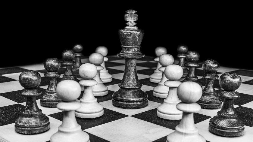 Über Schach, Künstliche Intelligenz und den Versichererversteher Garri Kasparow