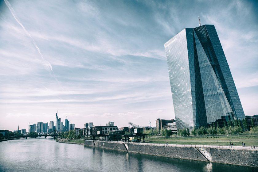 Unübersichtliche Geldmärkte und zerstrittene EZB