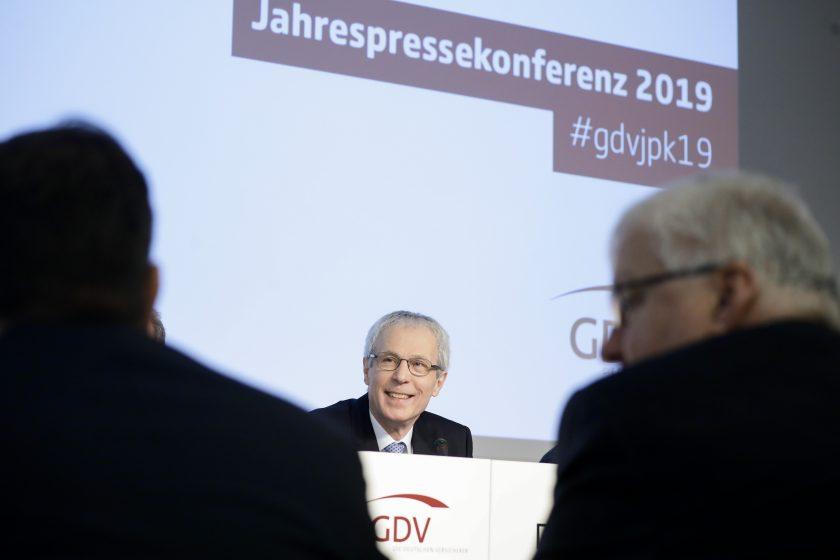 """Weiler: """"Das Bundesfinanzministerium wird eine neuerliche Absenkung des Garantiezinses in Erwägung ziehen"""""""