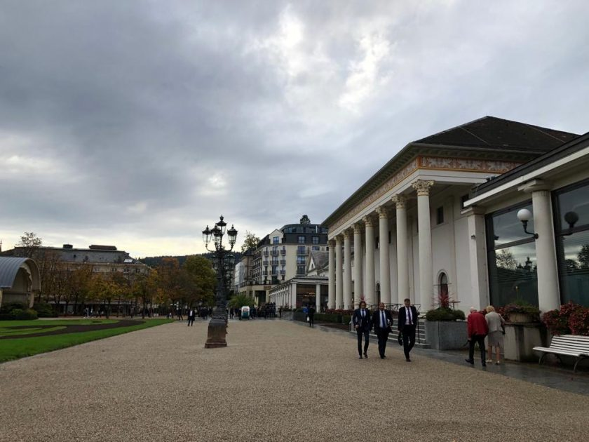 Baden-Baden prüft Hygiene-Konzept für Rückversicherungskongress