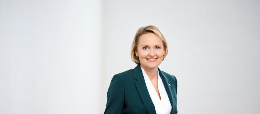 VIG-Vorstand Liane Hirner ist neues Mitglied in die Insurance & Reinsurance Stakeholder Group (IRSG)