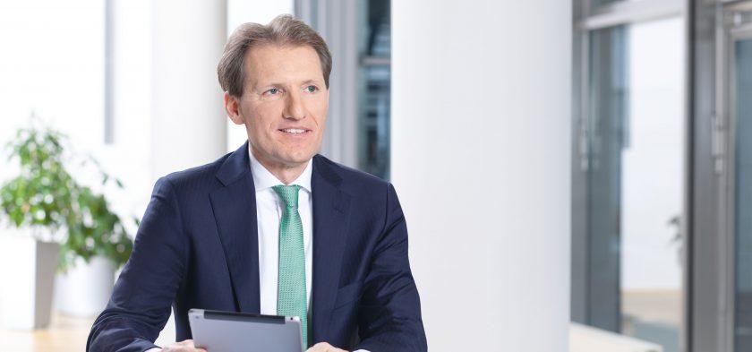 """Henchoz: """"Sehe noch viele Möglichkeiten für die Hannover Rück, organisch zu wachsen"""""""