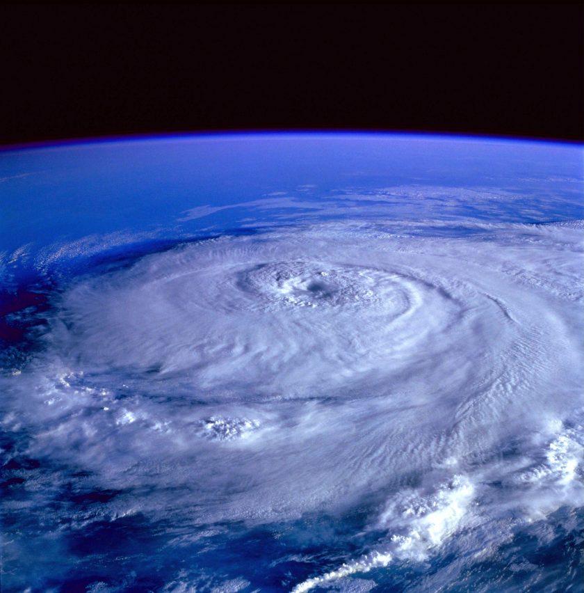 Hurrikan und Erdbeben verursachen in Japan Milliardenschäden