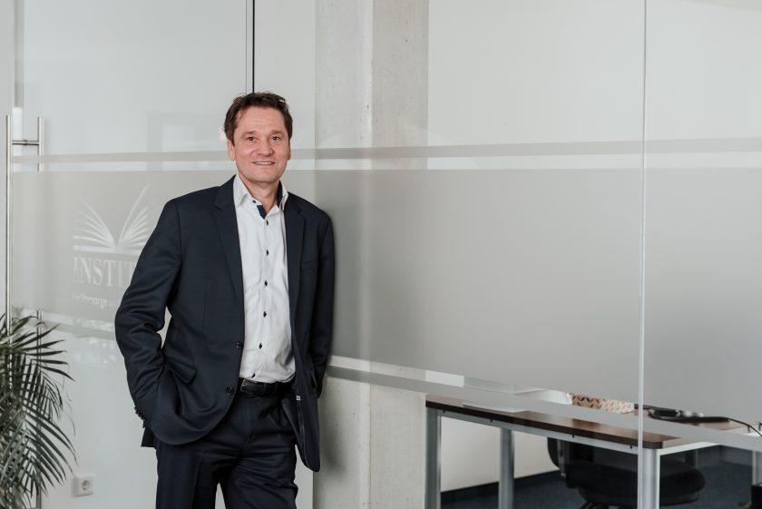 """Hauer (IVFP) lobt LV-Versicherer und warnt: """"Nicht das Kundenvertrauen verspielen"""""""