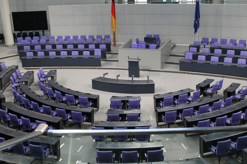Bundestag beschließt weniger Krankenkassenbeiträge auf Betriebsrenten