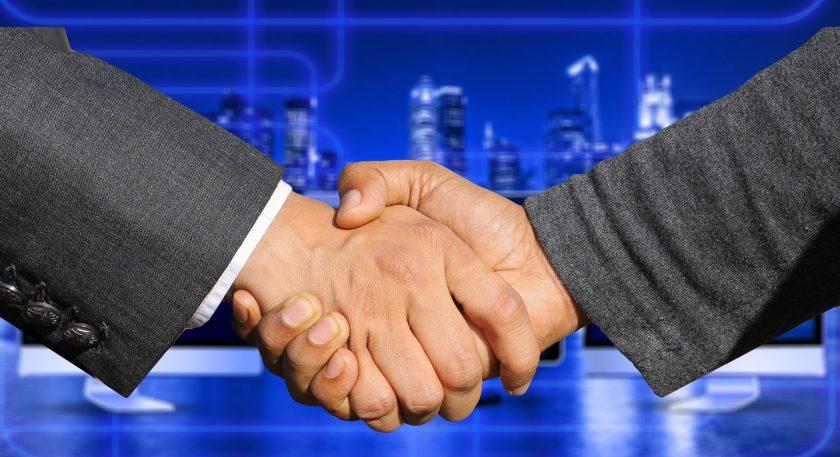 Hendricks kooperiert mit Hans John Versicherungsmakler GmbH