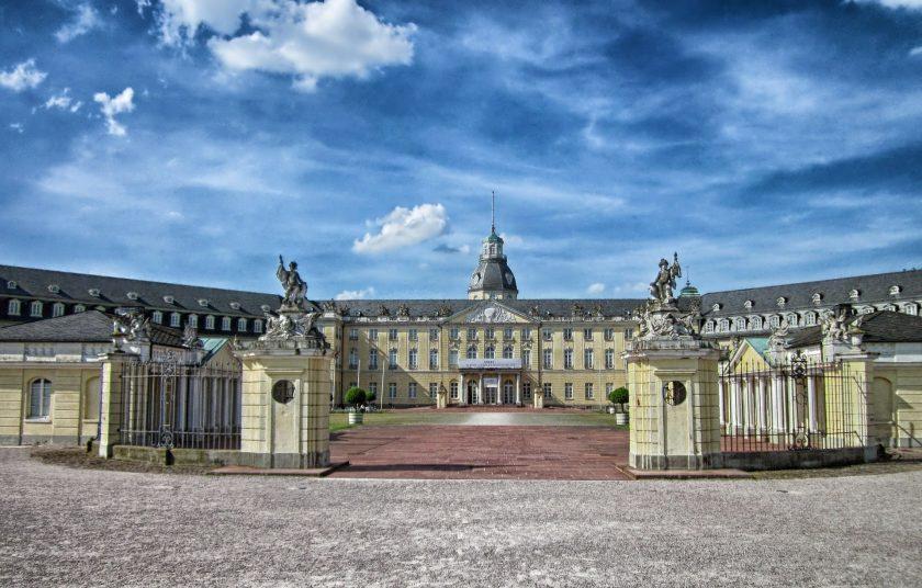 Perser-Schau in Karlsruhe fällt wegen fehlendem Versicherungsschutz aus