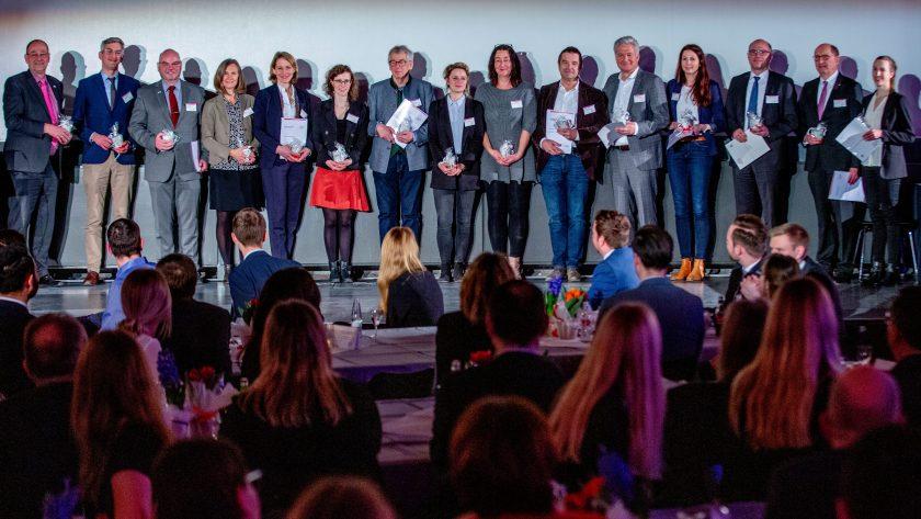 Verein Versicherungswirtschaft fördert Deutschlandstipendium der TH Köln