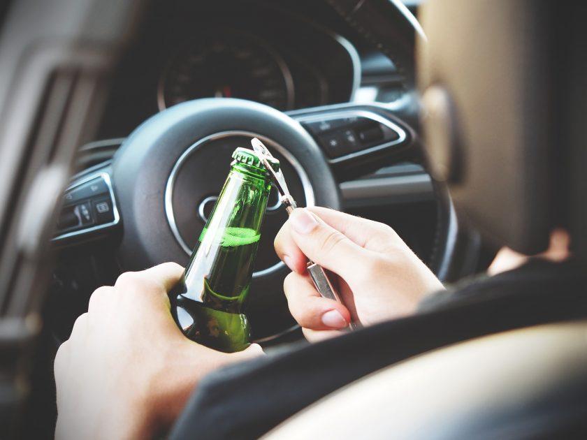 Versicherer fordern Alkohol-Wegfahrsperre für Fahrzeuge