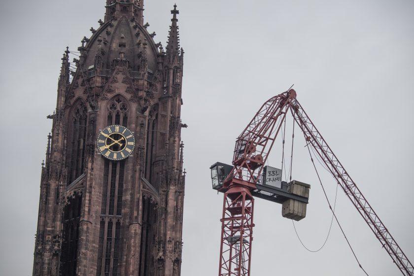 """Sturm """"Sabine"""" wirbelt Deutschland durcheinander"""