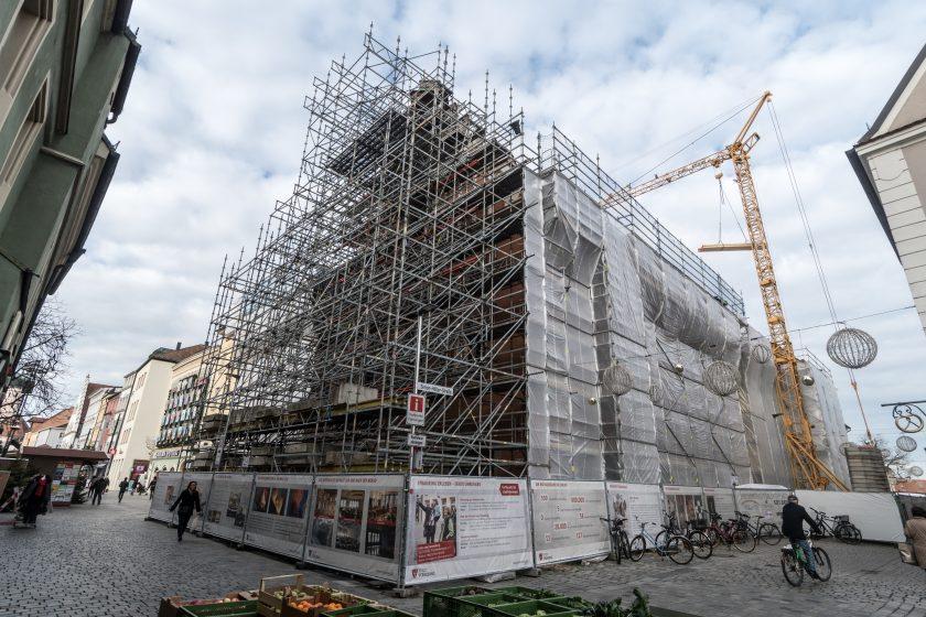VKB zahlt 31 Mio. Euro für Wiederaufbau des Straubinger Rathauses