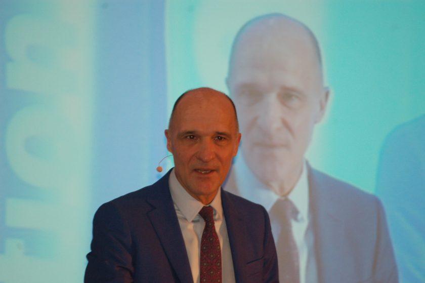 DVAG-Manager Lach: Banken- und Wertpapierregulierung trifft auch Versicherer