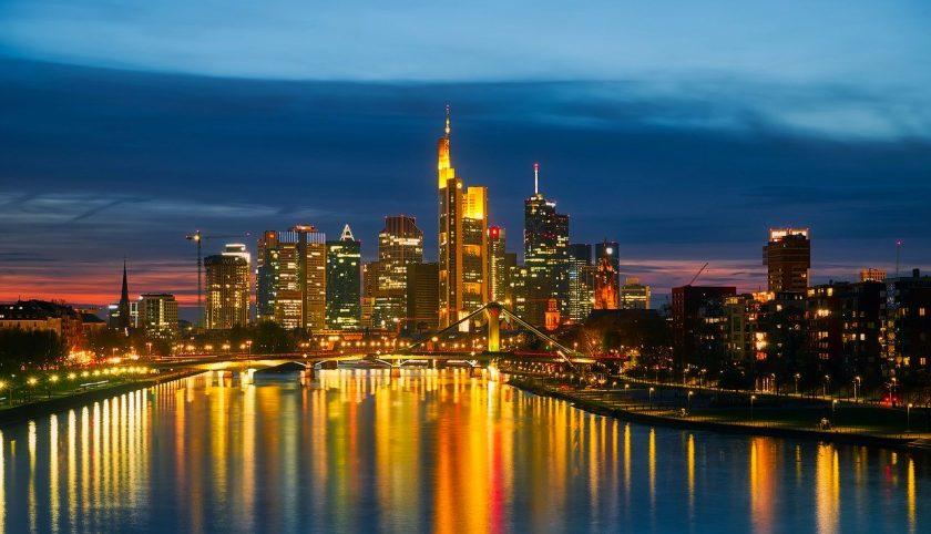 6.500 Euro für Bewerbung bei Deutscher Familienversicherung
