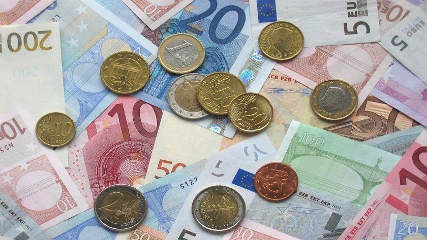 DIA-Umfrage: Bundesbürger sind offen für eine allgemeine Erwerbstätigenversicherung