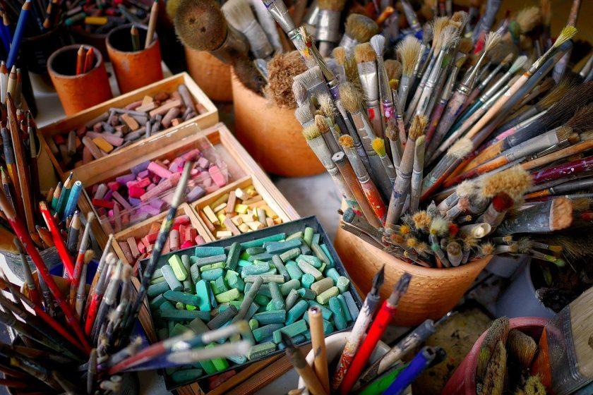 P2P-Versicherer hilft mit 100.000 Euro für notleidende Künstler