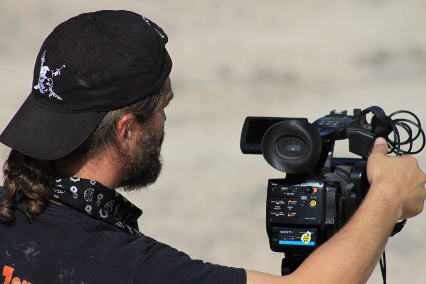 US-Regierung könnte Versicherer zwingen Filmproduktionen gegen Covid-19 abzudecken
