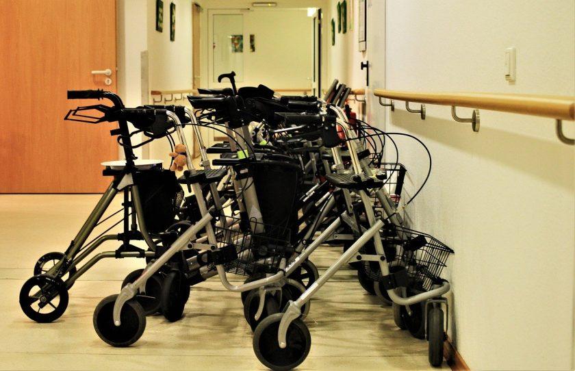 """Teilt der """"Pflege-Bahr"""" das Riester-Renten Schicksal?"""
