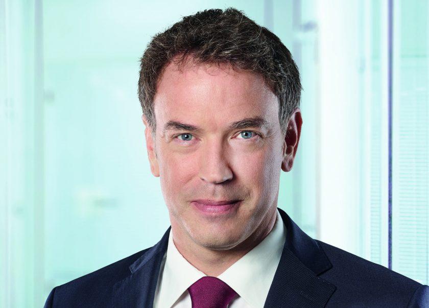 """Cosmos Direkt-CEO Stachon: """"Glaube nicht, dass ich mit der Kfz-Versicherung, wie wir sie heute kennen, in Rente gehen werde"""""""