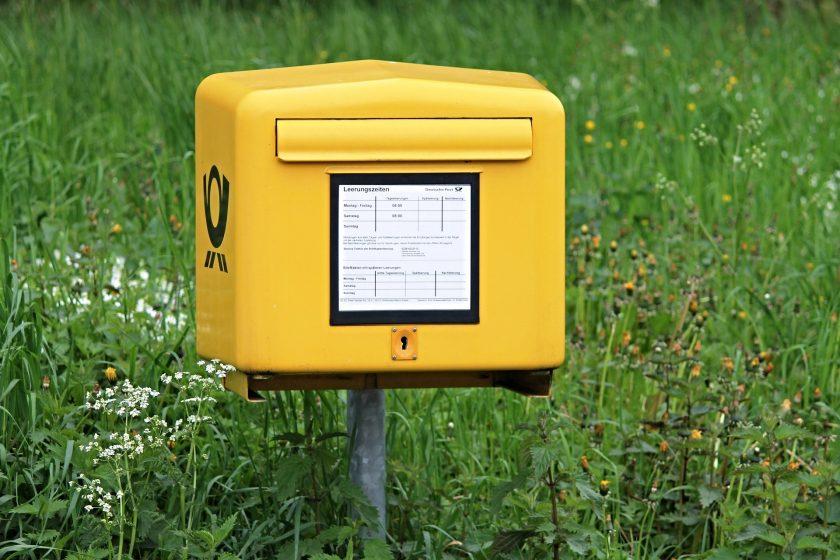 Verspätete Briefzustellung: OLG Köln verurteilt Post zu 18.000 Euro Schadenersatz