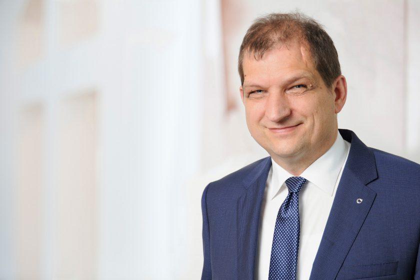 """Europa-Vorstand Hofmeier: """"Wir bauen unsere Beitragseinnahmen in der Risikolebensversicherungen seit Jahren aus"""""""