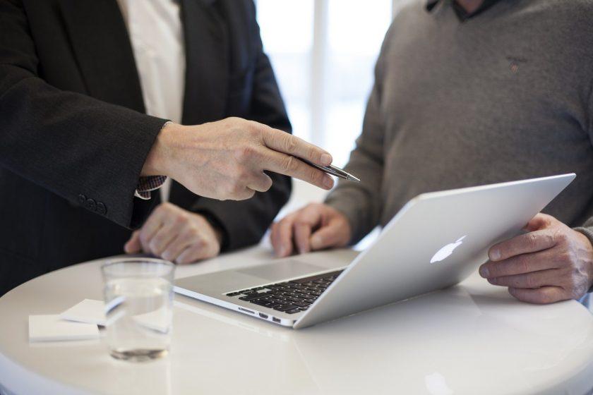Trotz Corona: Versicherte haben weiterhin hohe Erwartungen an Vermittler