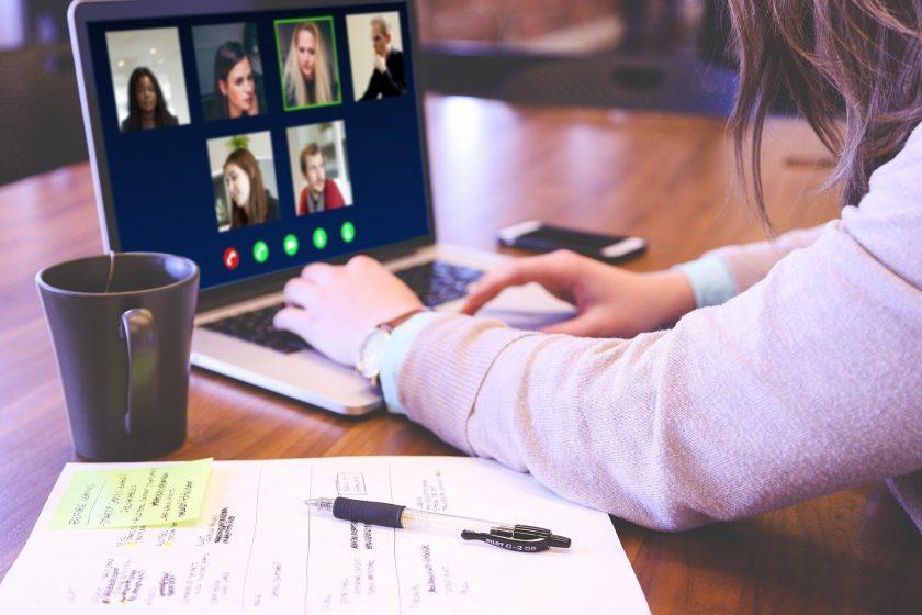 Fortbildung für Vermittler: Was taugen Online-Seminare?