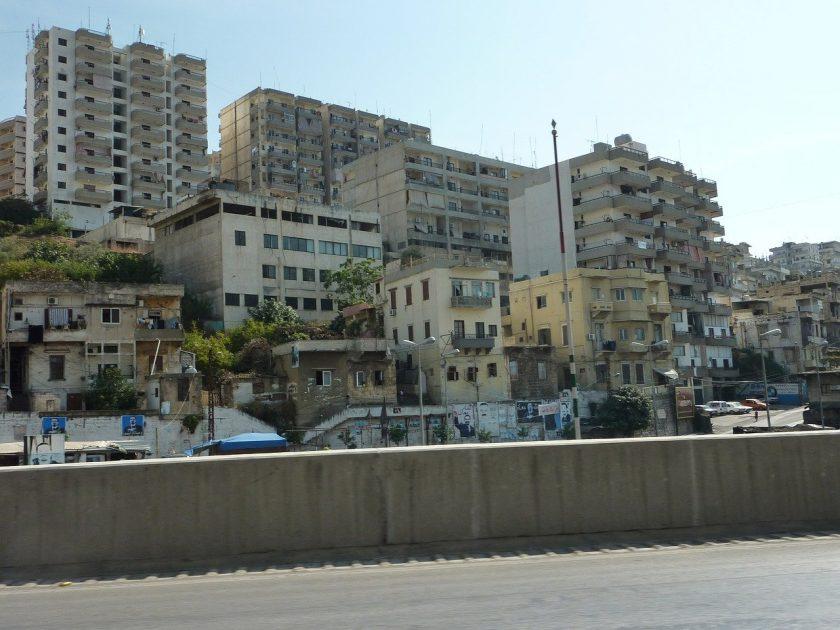 Zwei Explosionen in Beirut: Tote und Milliardenschäden