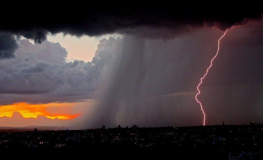 Sturm voraus: Analyst sieht Gefahr für Allianz