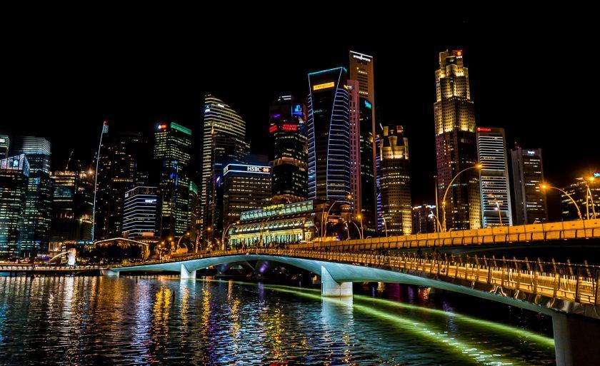 Will die Axa ihr Singapur-Geschäft verkaufen?
