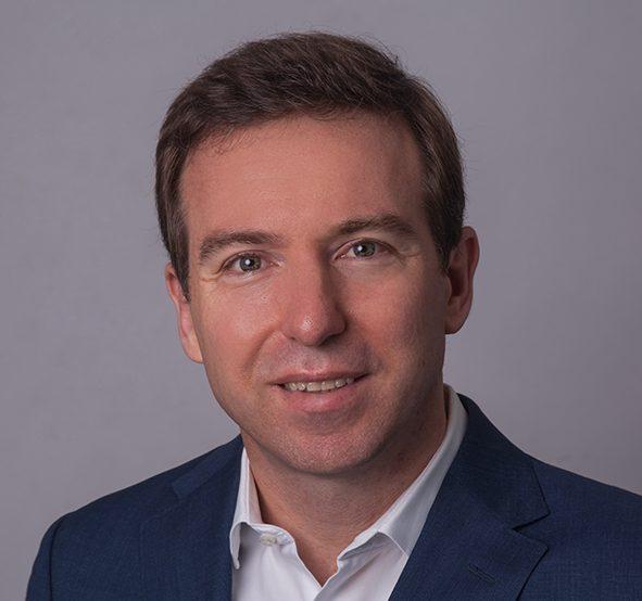 Element holt Eric Schuh von Swiss Re in den Vorstand