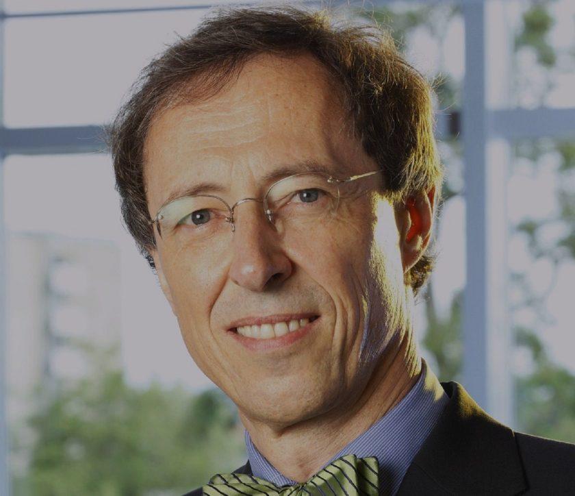 """Rechtsexperte Meinrad Dreher im Gespräch: """"Ausgliederung von IT- und Cloud-Diensten erfolgt nicht im rechtsfreien Raum"""""""