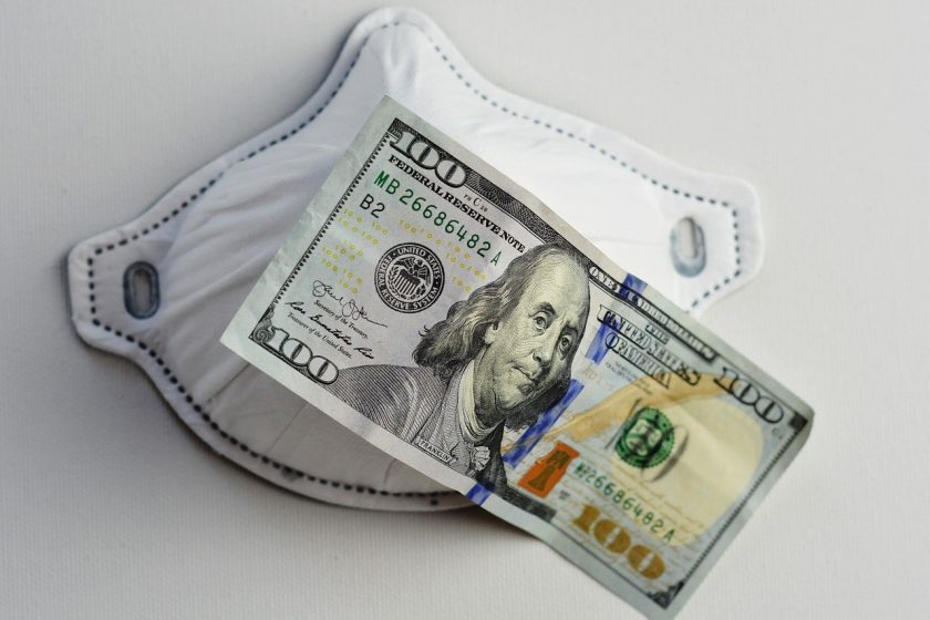 Analyse: Gefährdet Corona die Gehaltsstrukturen der Versicherer?