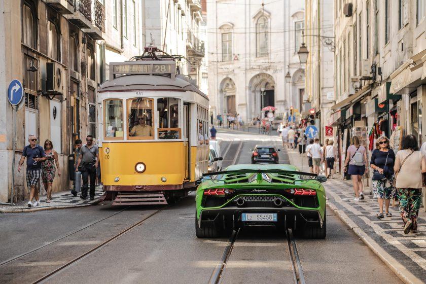 Kurioser Schadenfall: Versicherer akzeptiert Lamborghini-Leihwagen nicht