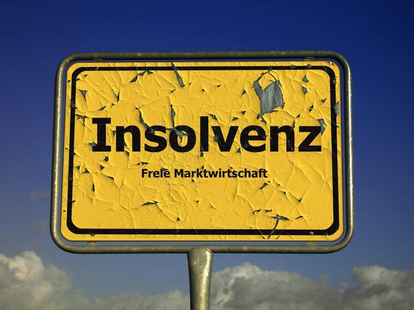 Coface: Staatliche Hilfen lassen Unternehmensinsolvenzen deutlich sinken