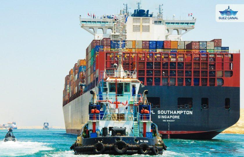 Schiffsstau im Suezkanal: Versicherern und Wirtschaft droht schwerer Schaden