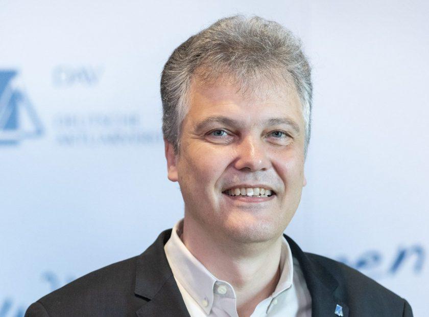 Herbert Schneidemann ist neuer Vorstandsvorsitzender der Deutschen Aktuarvereinigung