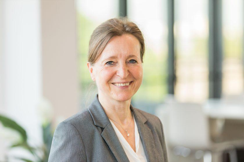 Annette Hetzenegger erhält Vorstandsposten bei DEVK Rechtsschutz