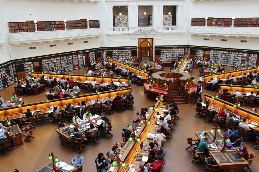 Lockt MLP Studenten in Verkaufsgespräche?  Finanzwende legt im Dauerstreit nach
