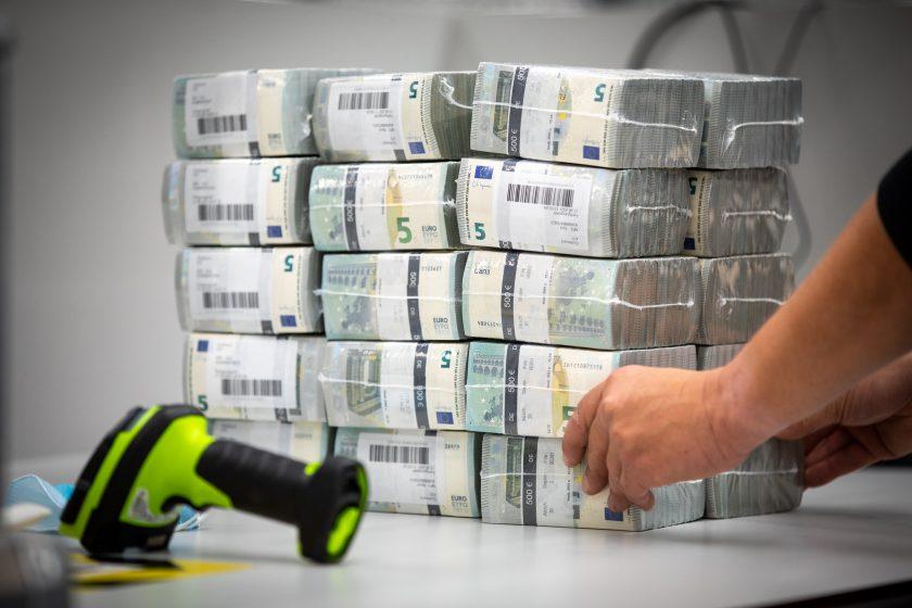 EZB nimmt Inflation in Kauf, während Versicherer die steigenden Kosten an ihre Kunden weitergeben