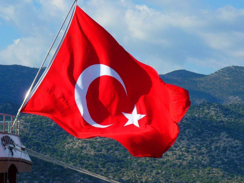 """""""Ihr Hu***söhne schreibt eh, was ihr wollt"""": Mehmet Göker reagiert feinsinnig auf Anfrage zu drohender Haft in der Türkei"""