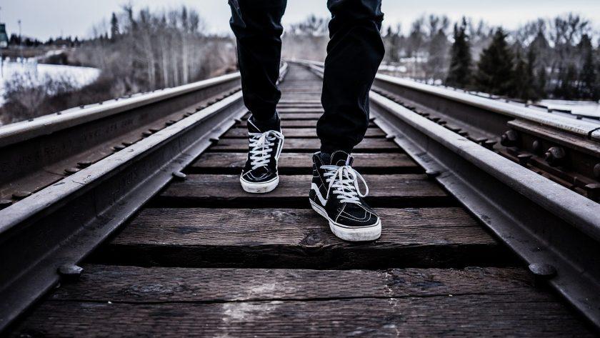 Mehr persönlich, weniger digital: Jugendliche vertrauen eher dem Vermittler